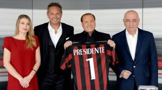 "Berlusconi presenta Mihajlovic: ""Con lui Milan in Champions"""