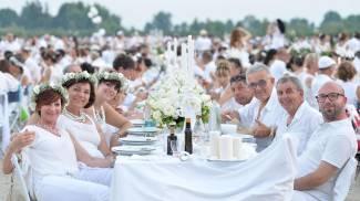 Cena in bianco, in 15mila alla Reggia di Venaria
