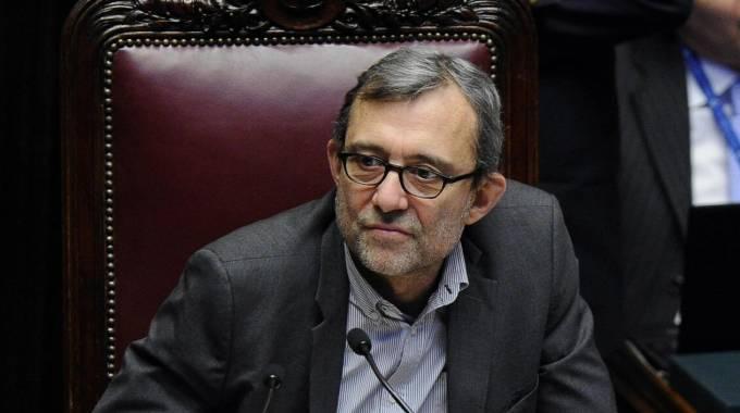 Giachetti a renzi voto anticipato la minoranza pd fa for Vicepresidente della camera