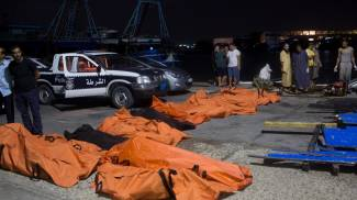 Migranti, nuova ecatombe in mare: 200 morti. Centinaia in Calabria, 4 senza vita