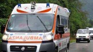 Incidente lungo la via Vigentina, investe ciclista e non si ferma: ferito 56enne