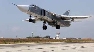 """Siria, Assad: """"Pronto a lasciare"""". Riprendono i raid russi. Attivisti: """"Civili uccisi, anche bimbi"""""""