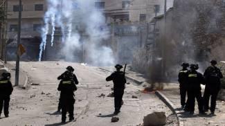 Gerusalemme, tensione e paura. Stretta ad accessi Città Vecchia. Polizia spara: 77 palestinesi feriti