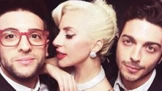 Il Volo si spara le pose con Lady Gaga. Show su Instagram