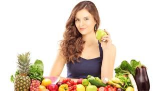 Frutta, verdura, pollo: la dieta delle persone magre / FOTO