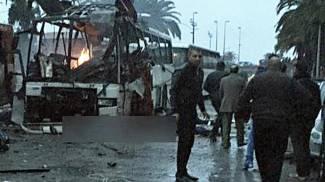 """Tunisi, esplode bus di guardie presidenziali, è strage in centro. """"Un attentato"""""""