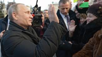 Jet russo abbattuto, un pilota è vivo. Putin: prossima volta reagiremo
