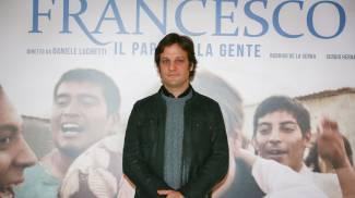 """""""Chiamatemi Francesco"""". Il film sul papa ha già fatto il primo miracolo"""