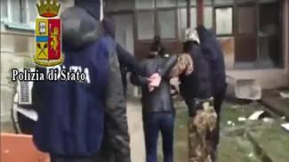 """Terrorismo, arresti in Italia e in Kosovo. Minacce al Papa / VIDEO """"Dio distrugga Francia"""""""