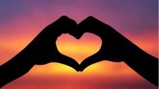 San Valentino, giro panoramico in mongolfiera: lo regala una coppia di sposini