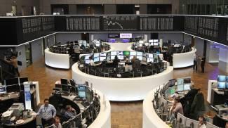 Borsa, Milano spicca il volo: +5%. Rimbalzo dopo sette crolli di fila
