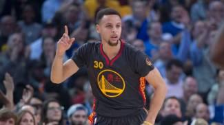 NBA, Warriors e Curry sempre a passo di record