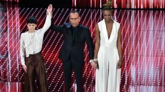 Sanremo, iniziata la seconda serata. Attesa per Eros e Nicole Kidman