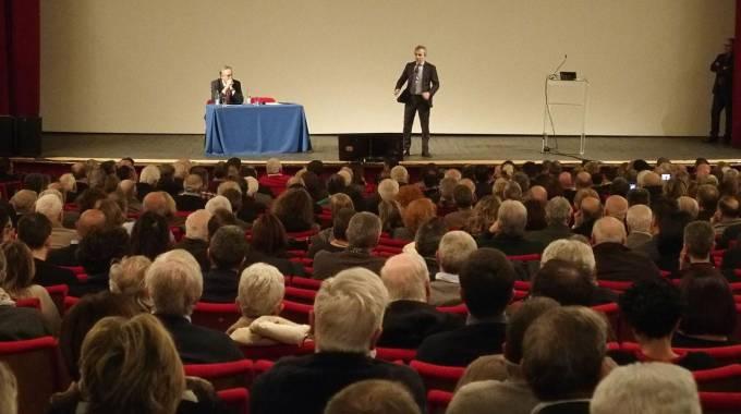 Un momento dell'assemblea dei soci Bpvi a Prato (Attalmi)
