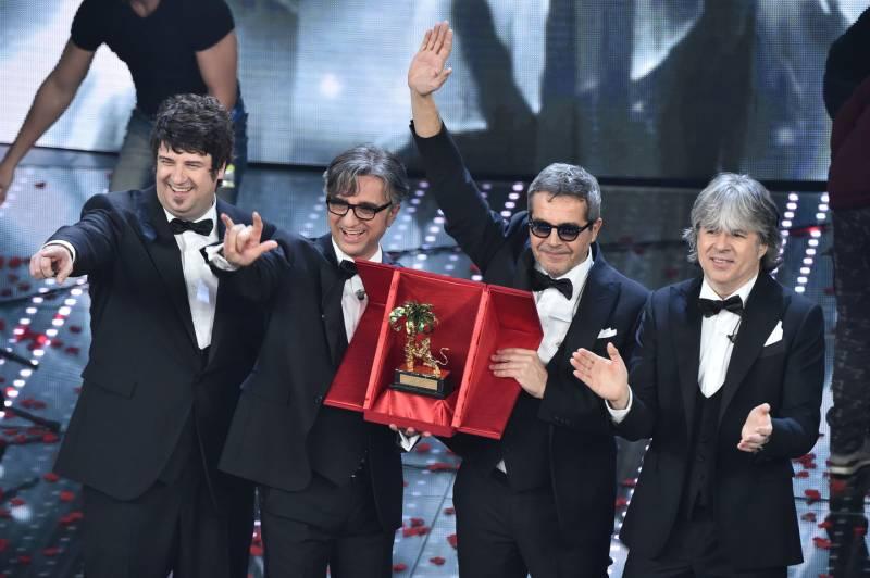 Sanremo, gli Stadio vincono un'edizione di successo$