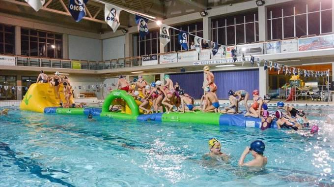 Gratis alla piscina del parco della pace col tagliando del - Piscina parco della pace pesaro ...