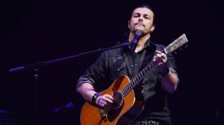 Gianluca Grignani, niente concerto a Brescia dopo il ricovero