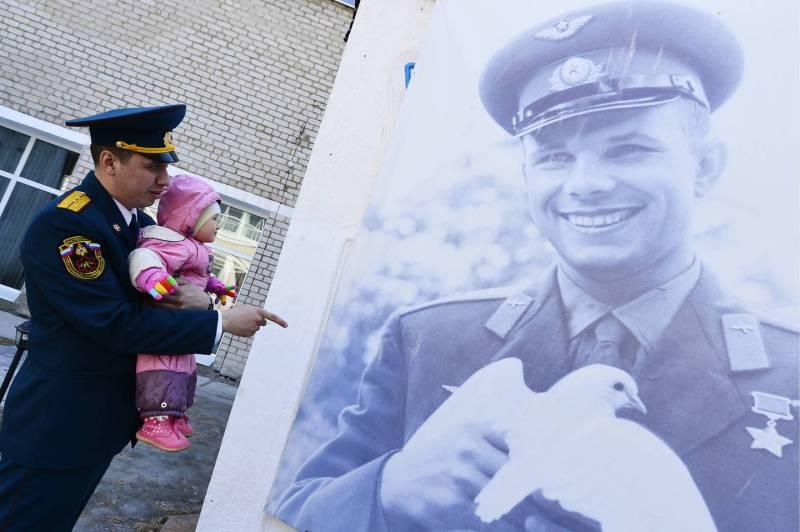 La Russia festegia Yuri Gagarin - QuotidianoNet