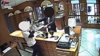 Rapina alla gioielleria Galli, arrestato il quarto complice