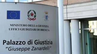 Aggressione a studente a Brescia: due condanne