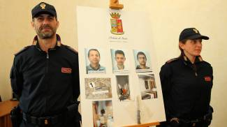 Coppia minacciata di morte, tre arresti
