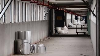 Garbagnate, le macerie dell'ex Alfa a due passi dal nuovo centro commerciale di Arese