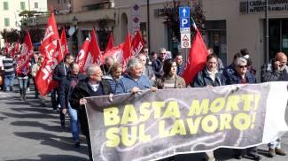 """Cavatori, alta adesione allo sciopero: """"Basta morti sul lavoro"""""""
