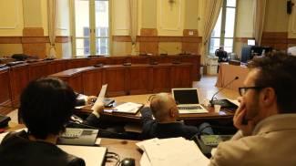 Partecipazione dei cittadini, l'opposizione abbandona il consiglio