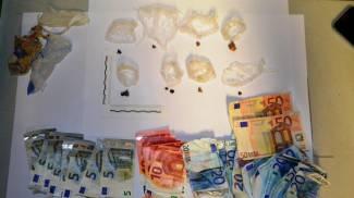 Sorpresa con l'eroina: arrestata 28enne di Sondrio