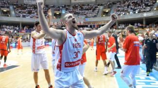 Varese sogna col basket: maxischermo in centro