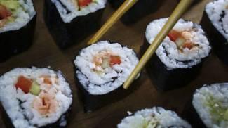 """Castellanza, sushi rubato """"per amore"""": scatta la denuncia"""
