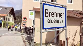 """Migranti, Germania e Austria all'Ue: """"Prolungare i controlli alle frontiere"""". Lettera di 6 Paesi alla Commissione"""