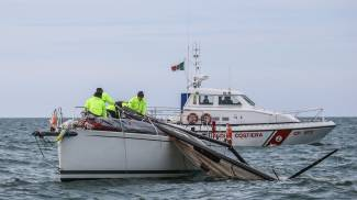 Incidente in mare durante la regata. Un ferito, le foto