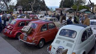 Raduno di Fiat 500 a Montenero