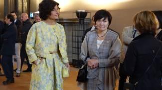 Agnese Renzi di fiori vestita, l'omaggio della first lady al Sol Levante / FOTO