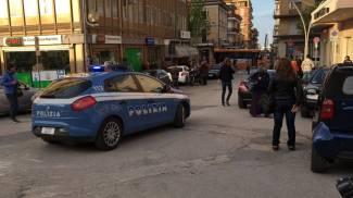 Rissa davanti alla stazione di Civitanova: un ferito