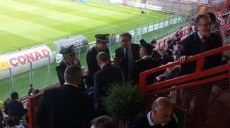 Nel furgone con bastoni e spranghe, fermati sette tifosi del Bari