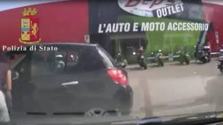 Furti in case e auto a Brescia e Mantova: blitz della Polizia di Stato