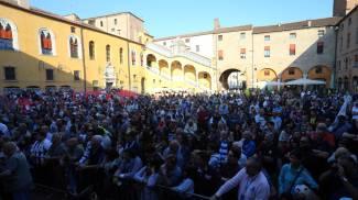 Passione Spal, piazza piena per la festa Ascom: foto