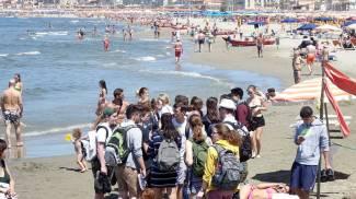 Mare pulito: revocato il divieto anche a Viareggio