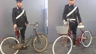 Riconosce in un negozio la bici che le era stata rubata