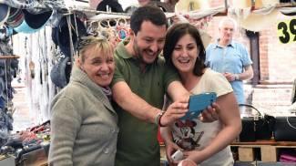 Salvini in Piazzola, guarda le foto. Insulti con De Pieri