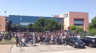 Porto Sant'Elpidio: residuato bellico vicino alla scuola, evacuati 800 studenti