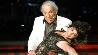 Albertazzi e quel tango (da standing ovation) a 'Ballando con le Stelle'