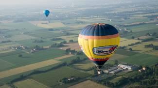 Un giro in mongolfiera nel cielo di Modena / FOTO