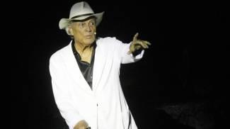 Addio Albertazzi, leggenda del teatro. Tutta una vita sul palcoscenico / VIDEO