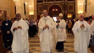 Festa in Cattedrale per don Stefano, «Diventare vescovo il dono più bello»