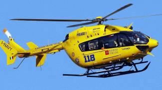 Sul tetto della scuola per noia, 14enne scivola e resta ferito