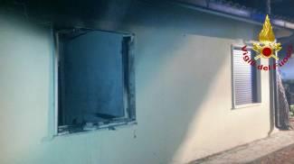 Esplosione in una casa alla Giannella