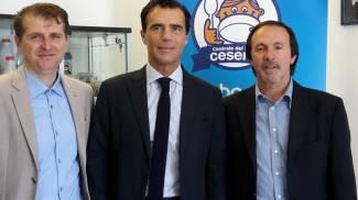 Il sottosegretario Gozi in visita alla Centrale del latte di Cesena